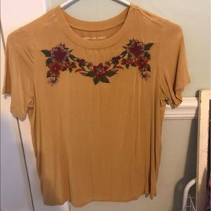 american eagle yellow rose t-shirt